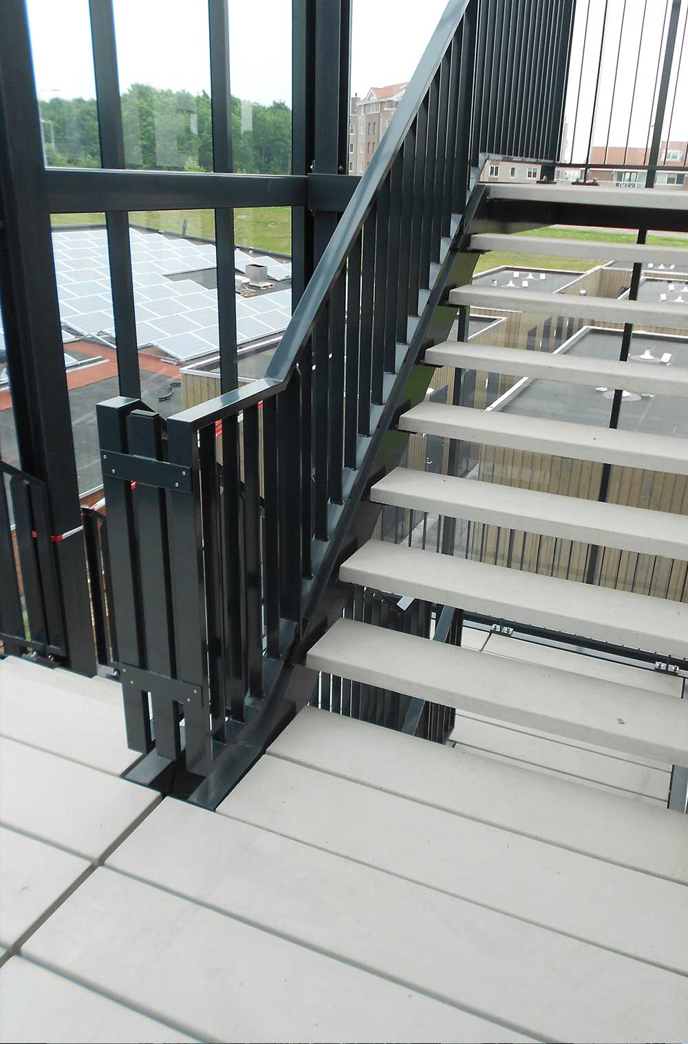 Steps Amp Concrete Decking At Palthelaan Zoetermeer